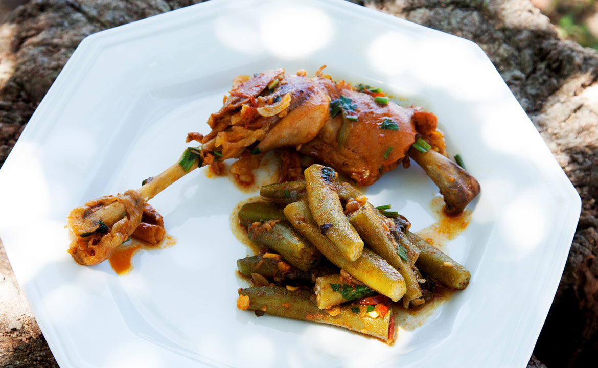 Free-range Hen with Okra