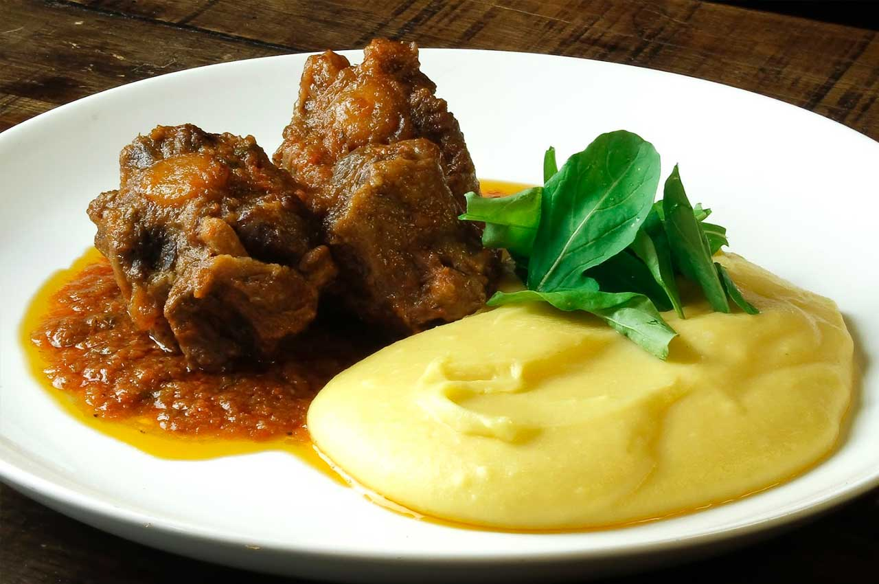 Alto da Serra´s Quilombo - CHICKEN WITH MASHED CASSAVA
